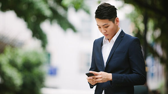asian-male-on-cellphone-2