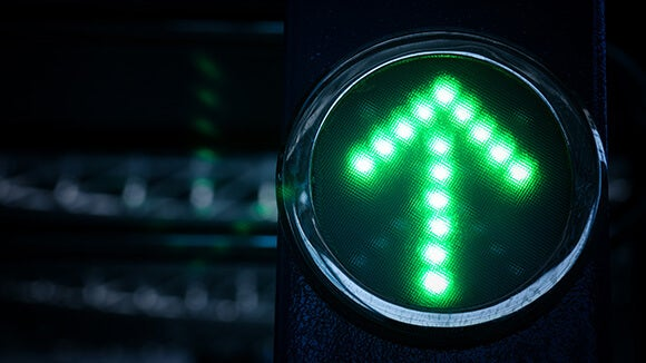 green-arrow-light-pointing-up